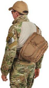 kelty-eagle-128-backpack-shoulder-carry