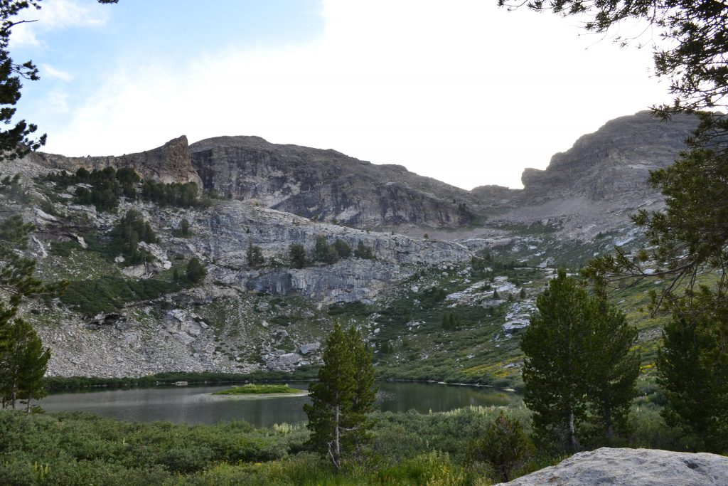hiking the ruby mountains - Island Lake
