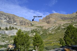 hiking the ruby mountains - Pride Rock Pass from Island Lake