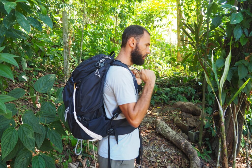 how to put on your backpack properly - load lifter straps