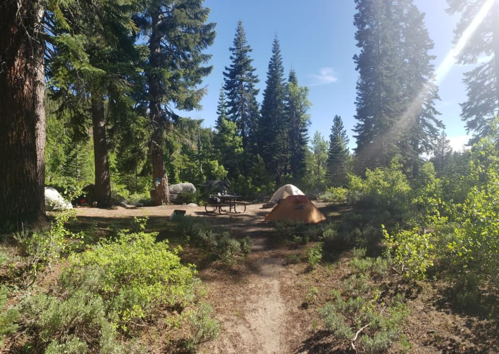 health benefits of backpacking - disconnecting from technology