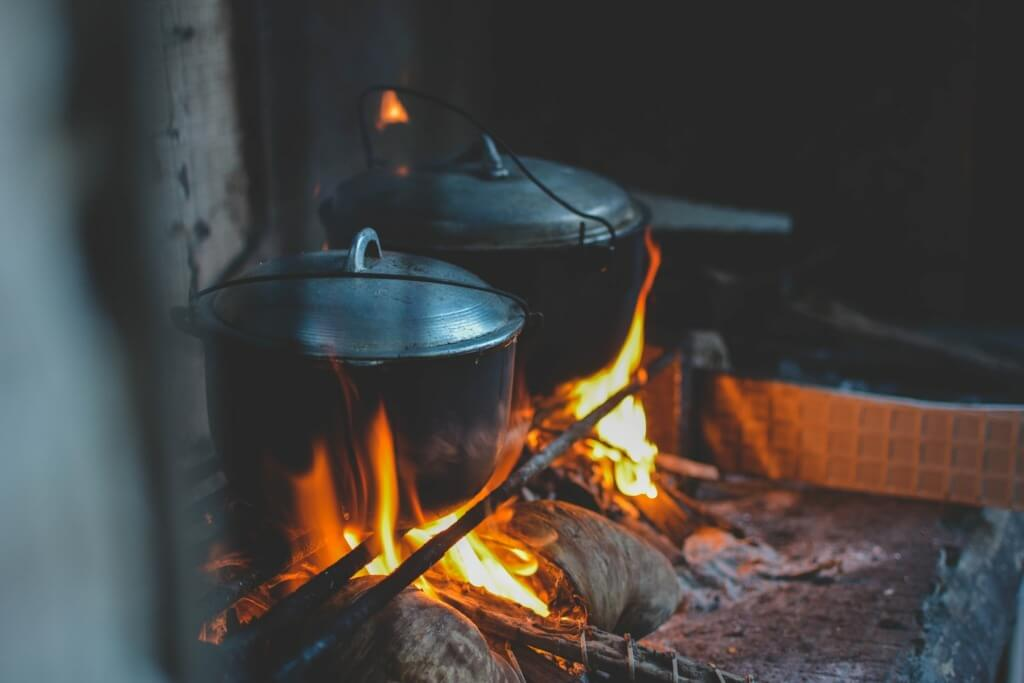 10 Healthy Camping Food Recipes - bison stew PC Md Duran via Unsplash